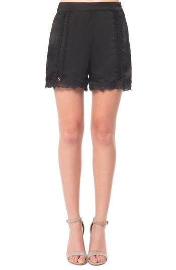 Willow & Clay Lace Inset Shorts