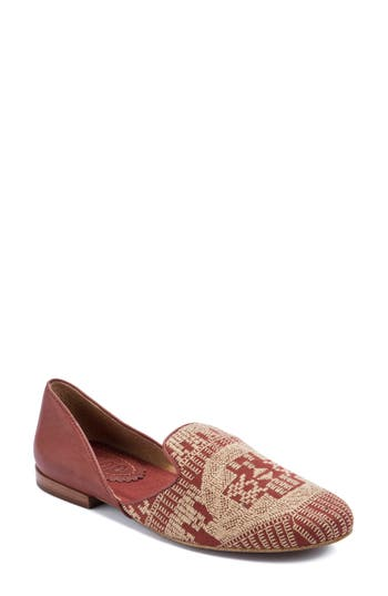 Latigo Alba Embroidered Flat (Women)