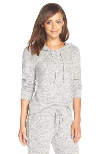 Make + Model Pullover Hood..