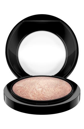 Alternate Image 2  - MAC Mineralize Skinfinish
