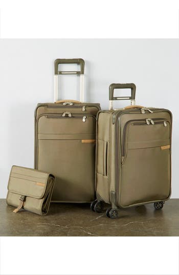 Alternate Image 3  - Briggs & Riley Baseline Deluxe Hanging Toiletry Kit