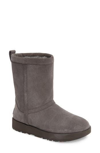 UGG? Classic Short Waterproof Boot (Women)