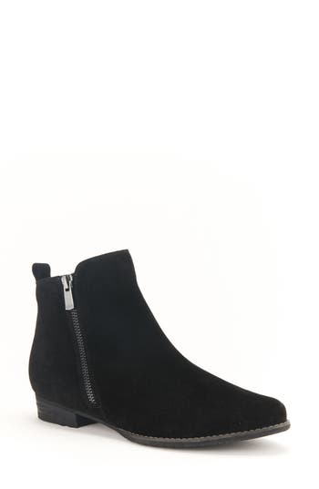 Blondo Lynne Waterproof Bootie..
