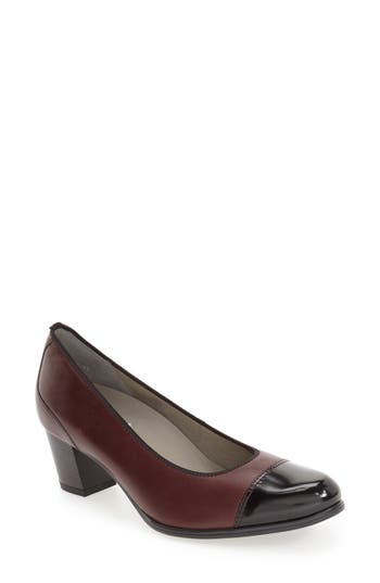 ara 'Mckinley' Pump (Women)