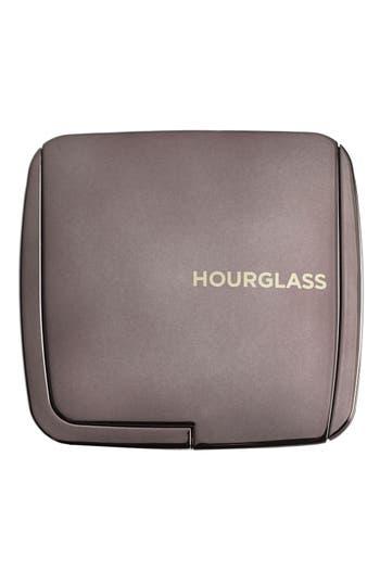 Alternate Image 2  - HOURGLASS Ambient® Lighting Powder