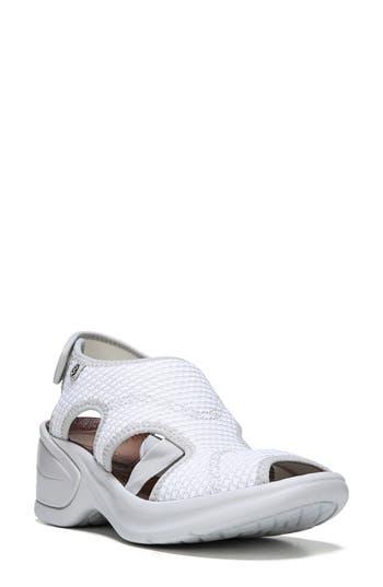 BZees Kiss Sandal (Women)