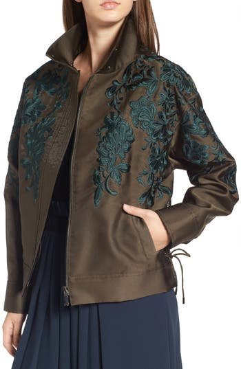 Lewit Oversize Embroidered..