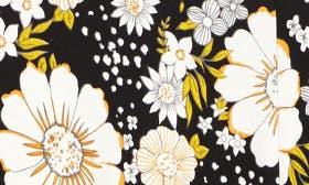 Black Rock Cluster Floral swatch image