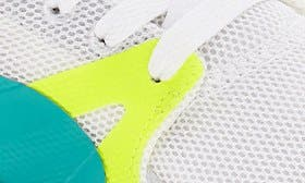 Puma White/ Spectra Green swatch image