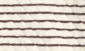 Grey Pearl- Ivory Breton swatch image