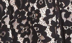 Black/ Blush swatch image