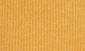 Yellow Spruce swatch image