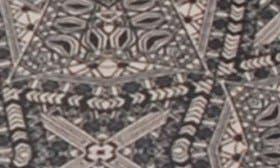 Henna swatch image