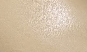 Desert Leather swatch image