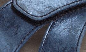 Blue Nubuck Leather swatch image
