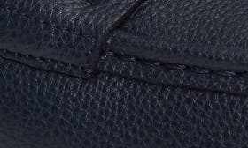 Dark Navy Tumbled Leather swatch image