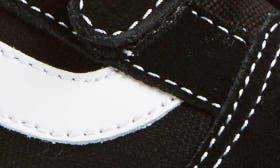 Black/ True White swatch image