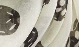 Ivory/ Black swatch image