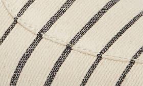 Cream Leather swatch image