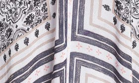 White Tiled Stripe swatch image