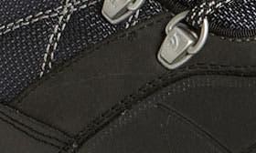 Black/ Griffin Grey swatch image