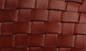 Dark Luggage Leather swatch image