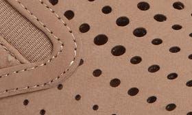 Tan Nubuck Leather swatch image