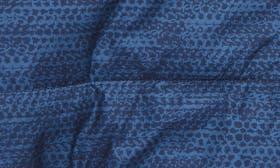 Cosmic Blue Chain Print swatch image