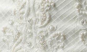 Ivory/Ivory swatch image