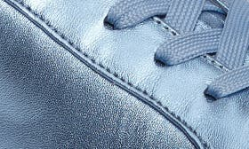 Ice Blue Leather swatch image