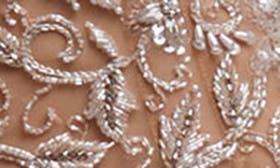 Nude/ Blush swatch image