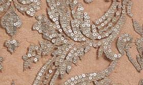 Platinum/ Nude swatch image