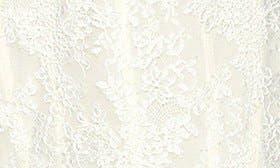 Silk White/ Blush swatch image