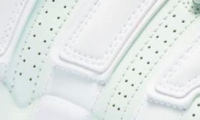 Barely Green/ White swatch image