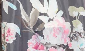 Grey Beau Bloom swatch image