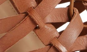 Stable Leather swatch image