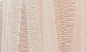 Light Ivory swatch image