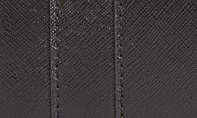 Black / Berry swatch image