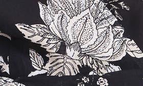 Noir Bouquet swatch image