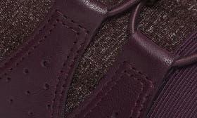 Mauve Leather swatch image