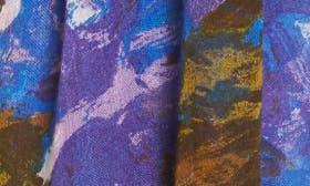 Blue Haute Blooms swatch image