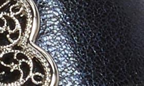 Dusk Leather swatch image