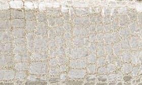Metallic Pearl swatch image