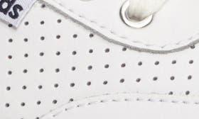 White/ Gum swatch image