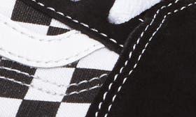 Check Black/ True White swatch image