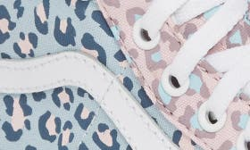 Chalk Pink/ Baby Blue Leopard swatch image