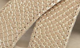 Dune Leather swatch image