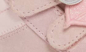 Seashell Pink swatch image