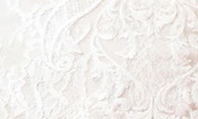 Silk White/Latte swatch image