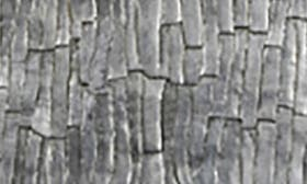 Silver Leaf/ Bark Texture swatch image